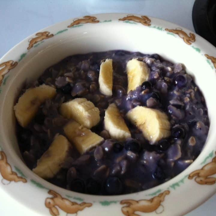 Maple Almond Blueberry Oatmeal