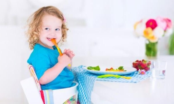 3 False Assumptions Parents Often Make At Mealtimes