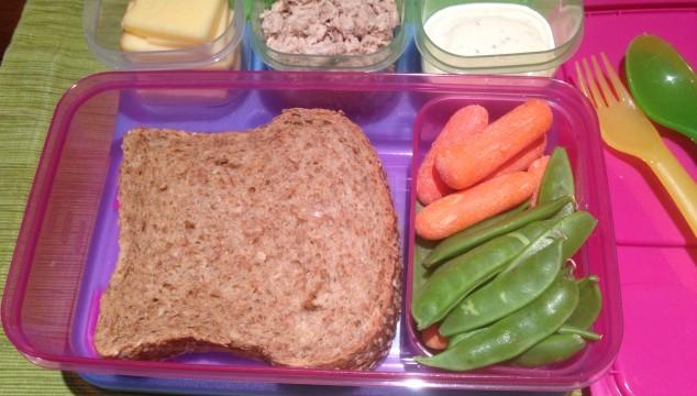 sandwich-in-tupperware