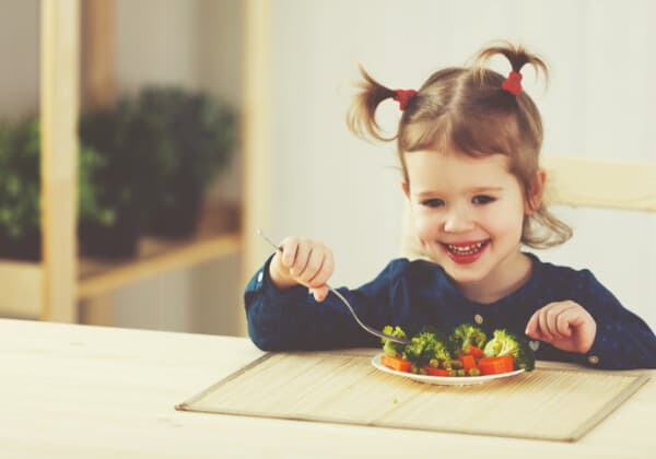 3 Ways Parents Unintentionally Limit Their Kids' Food Preferences