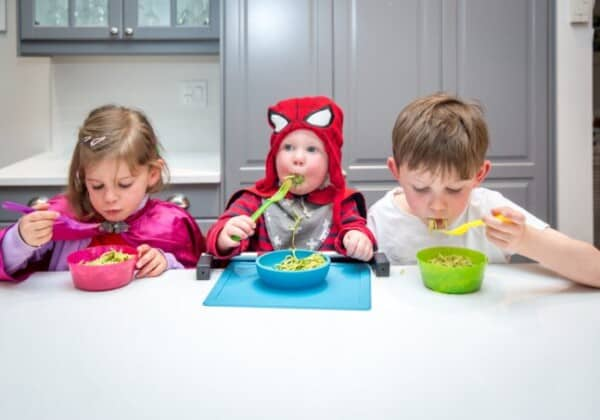 10 Reasons Why Your Child Isn't Eating at Meals (and What to Do!)