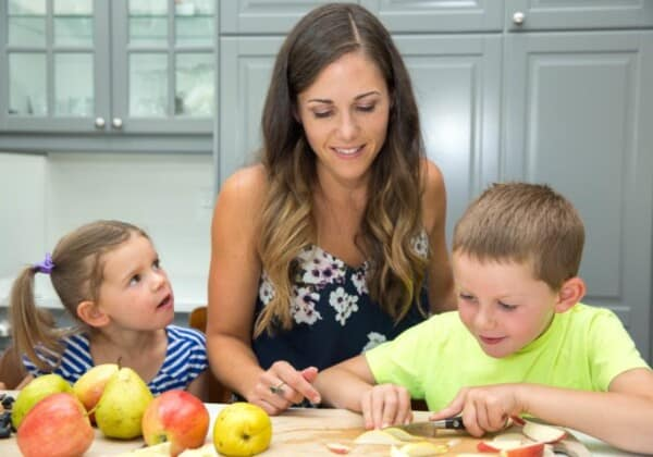 My Top 3 Sanity-Saving Tips for Including Your Kids in The Kitchen (and a free printable!)