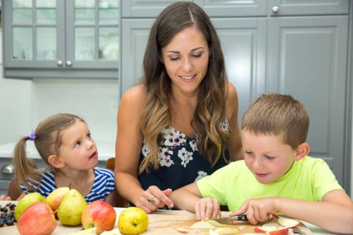 Kids In The Kitchen | My Top 3 Sanity Saving Tips For Including Your Kids In The Kitchen