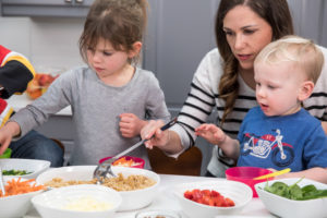 My top 3 Secrets to Taking the Guilt Out of Dinnertime (and ensuring my that kids eat healthfully!)