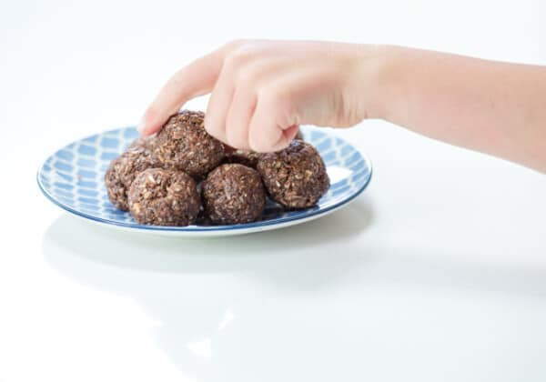 20 Easy, Nutritious Energy Ball Recipes Kids Love!
