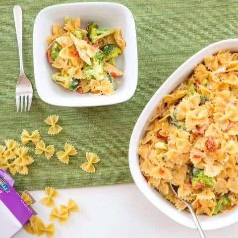 Creamy Chicken and Broccoli One-Pot Pasta