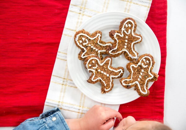 Healthy Homemade Gingerbread Cookies + Giveaway