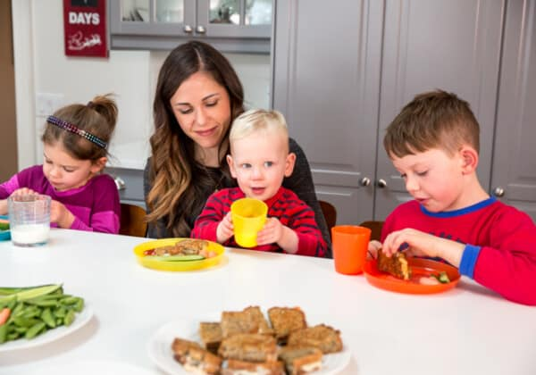 Top 5 Ways to Get Your Child to Try New Foods