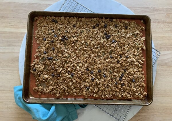 The Homemade Peanut Butter Granola That Your Kids Will Love!
