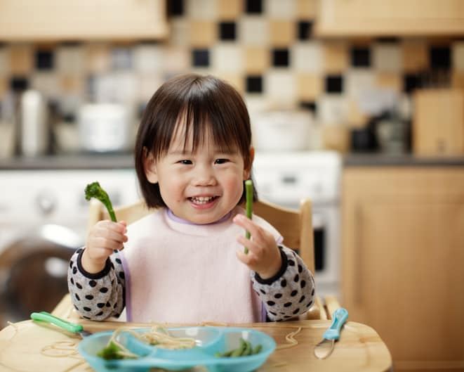 helping wiggly kids to sit still at meals