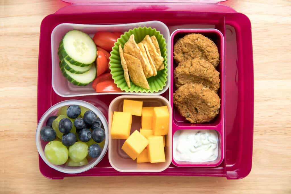 lunch box with vegan lentil nuggets for kids