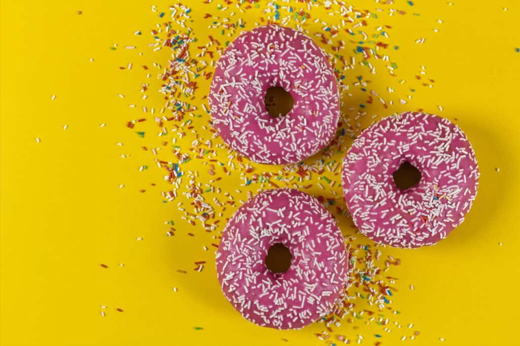 Can you eat sugary donuts while pregnant?