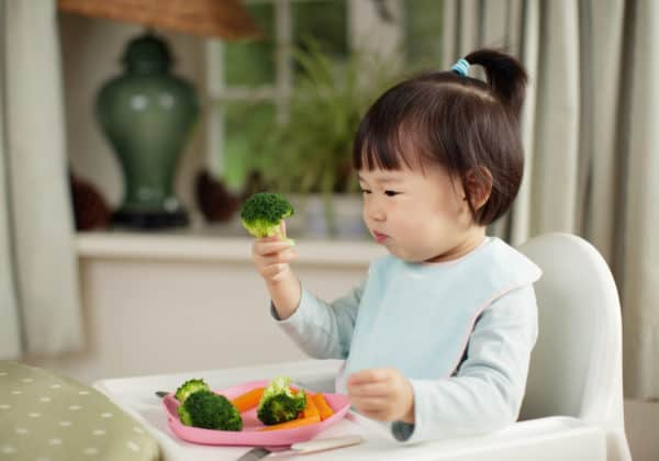 A Dietitian's Ultimate Guide to Picky Eating
