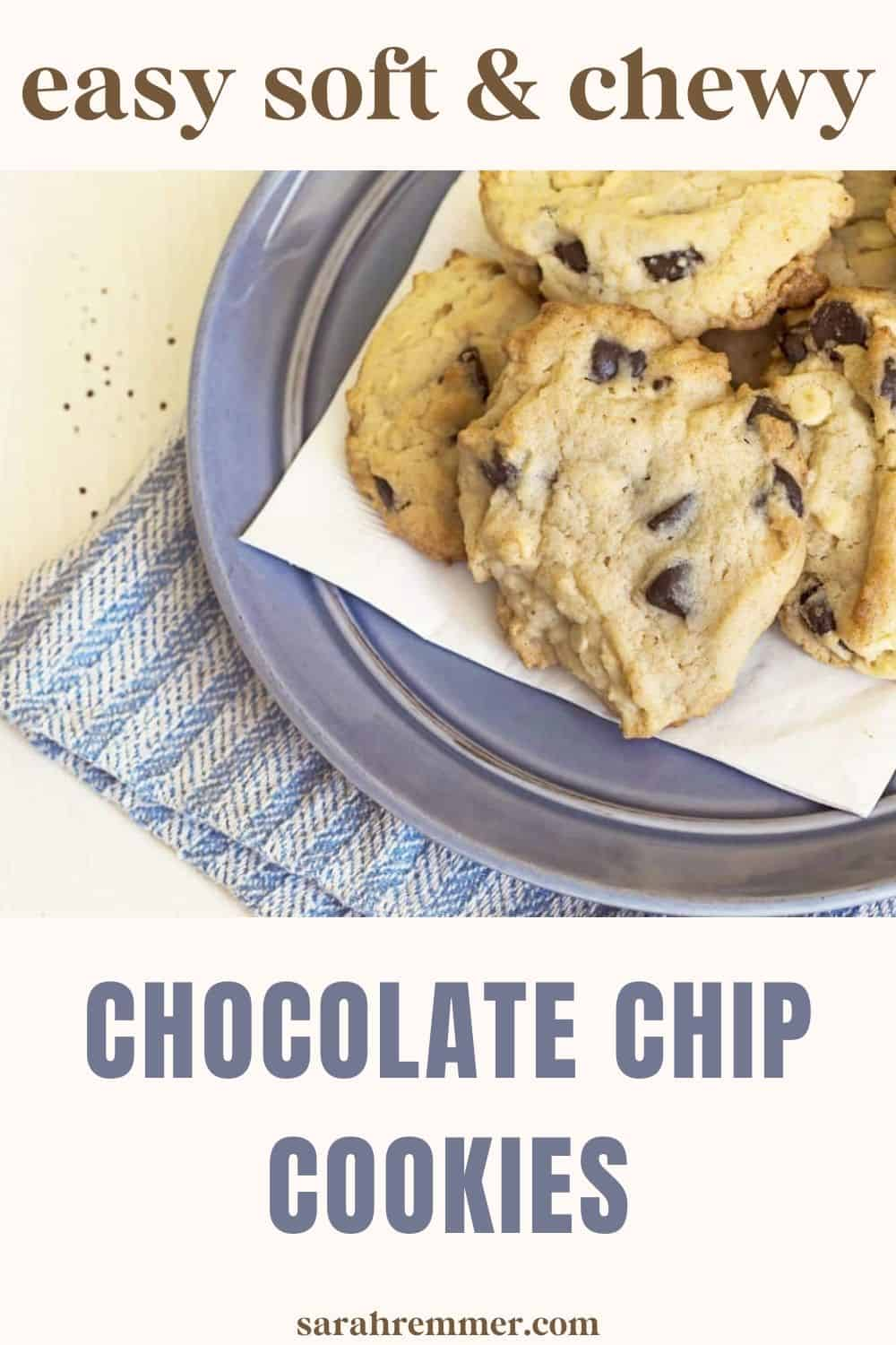 For as long as I can remember cookies have been one of my most favourite foods! I've tried to expand my cookie horizons but always revert back to my comfortable and always dependable chocolate chip versions! Plain old chocolate chip cookies are just truly my most favourite treat - what can I say.